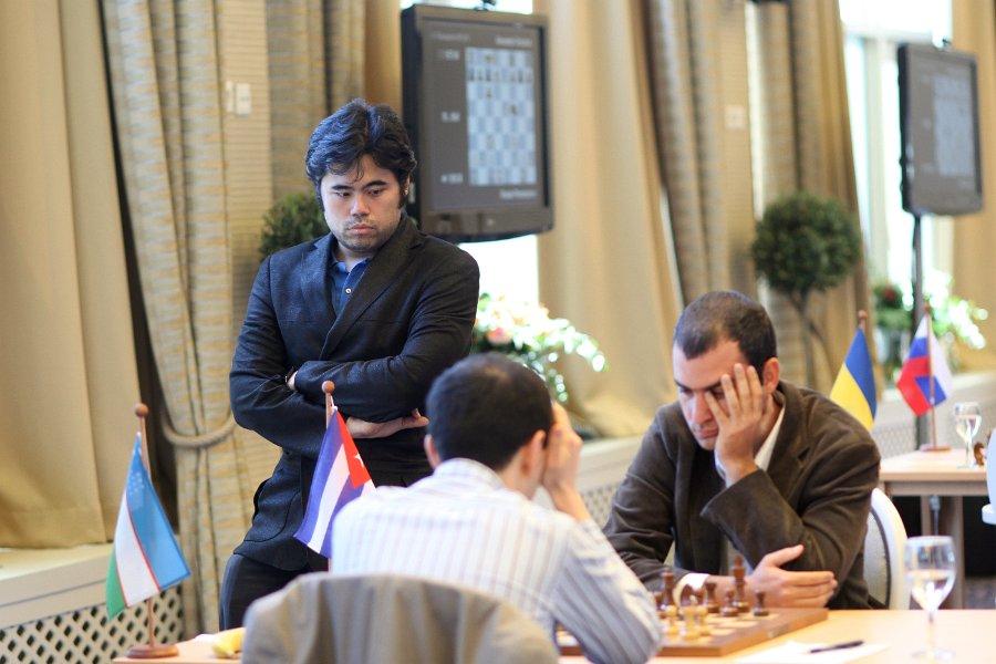 Kasimdzhanov-Dominguez, Nakamura watching the game