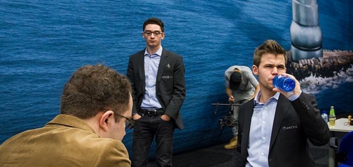 Eljanov-Carlsen, Caruana watching