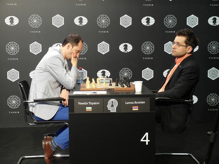 Topalov-Aronian (Photo taken from chess-news.ru)